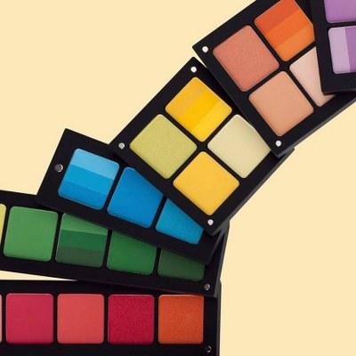 Paleta de farduri colorate INGLOT